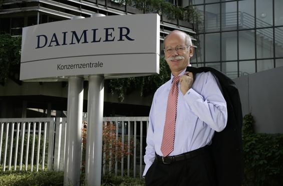 Dieter Zetsche spart sich durch die Rezession (Foto: Daimler AG)